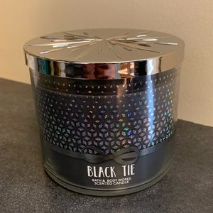Bath and body works black tie 3 wick candle